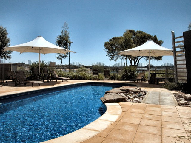Majestic Oasis Apartments - Tourism Canberra