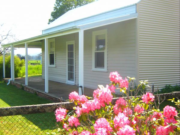 Orange Tree Cottage - Tourism Canberra