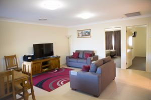 Scone Motor Inn and Apartments - Tourism Canberra
