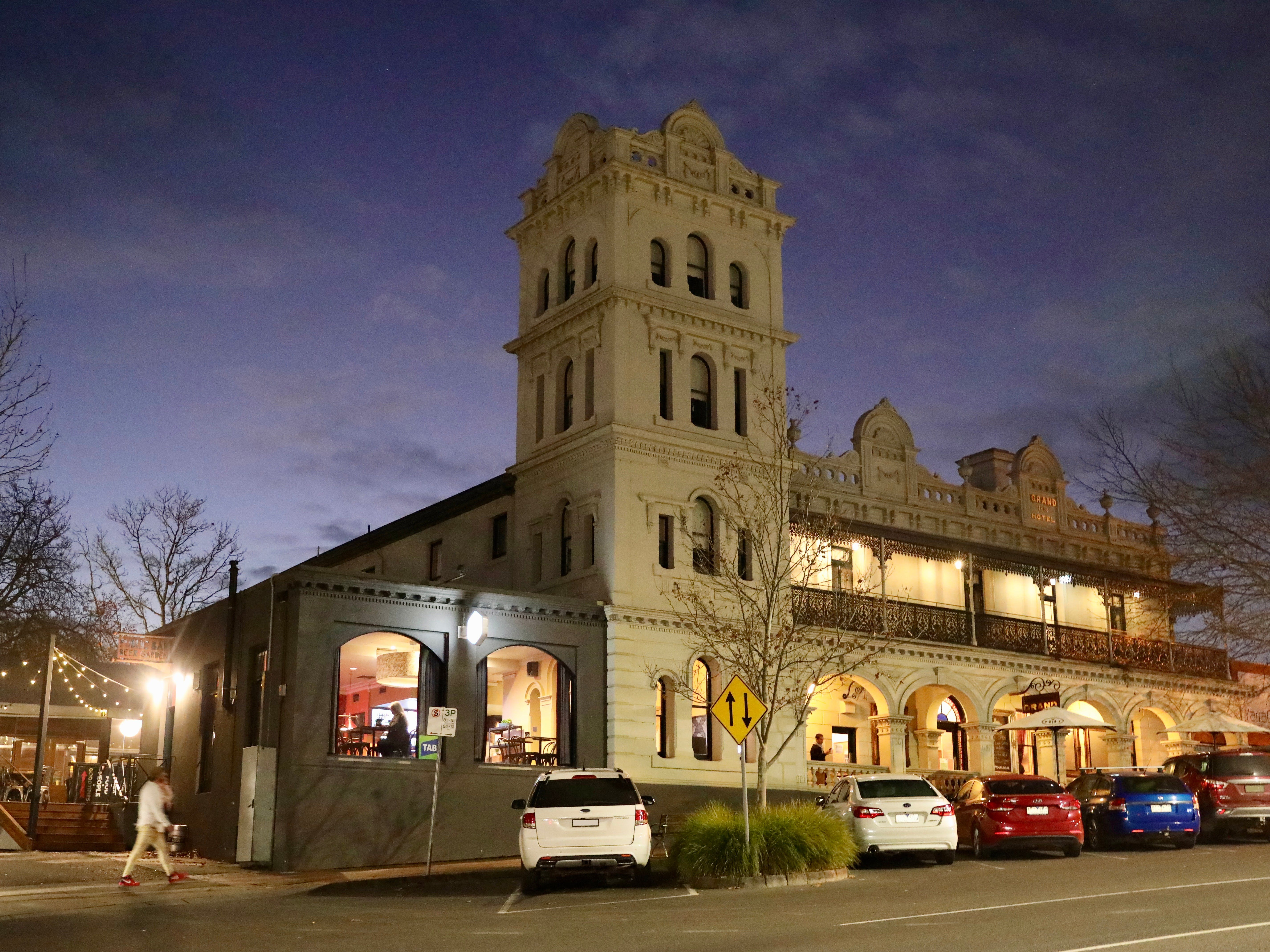 Yarra Valley Grand Hotel - Tourism Canberra