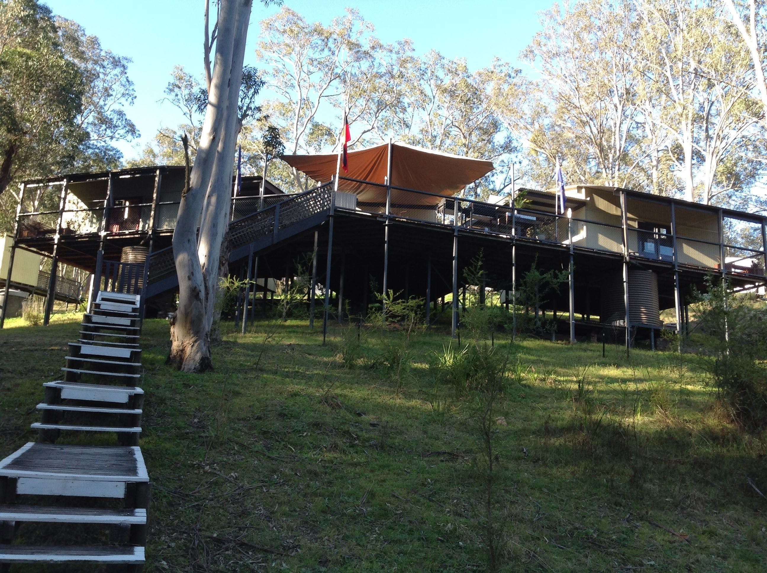 Six Foot Track Lodge - Tourism Canberra