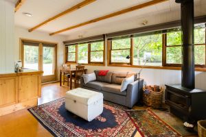 Braeside Mount Macedon Country Retreat - Tourism Canberra