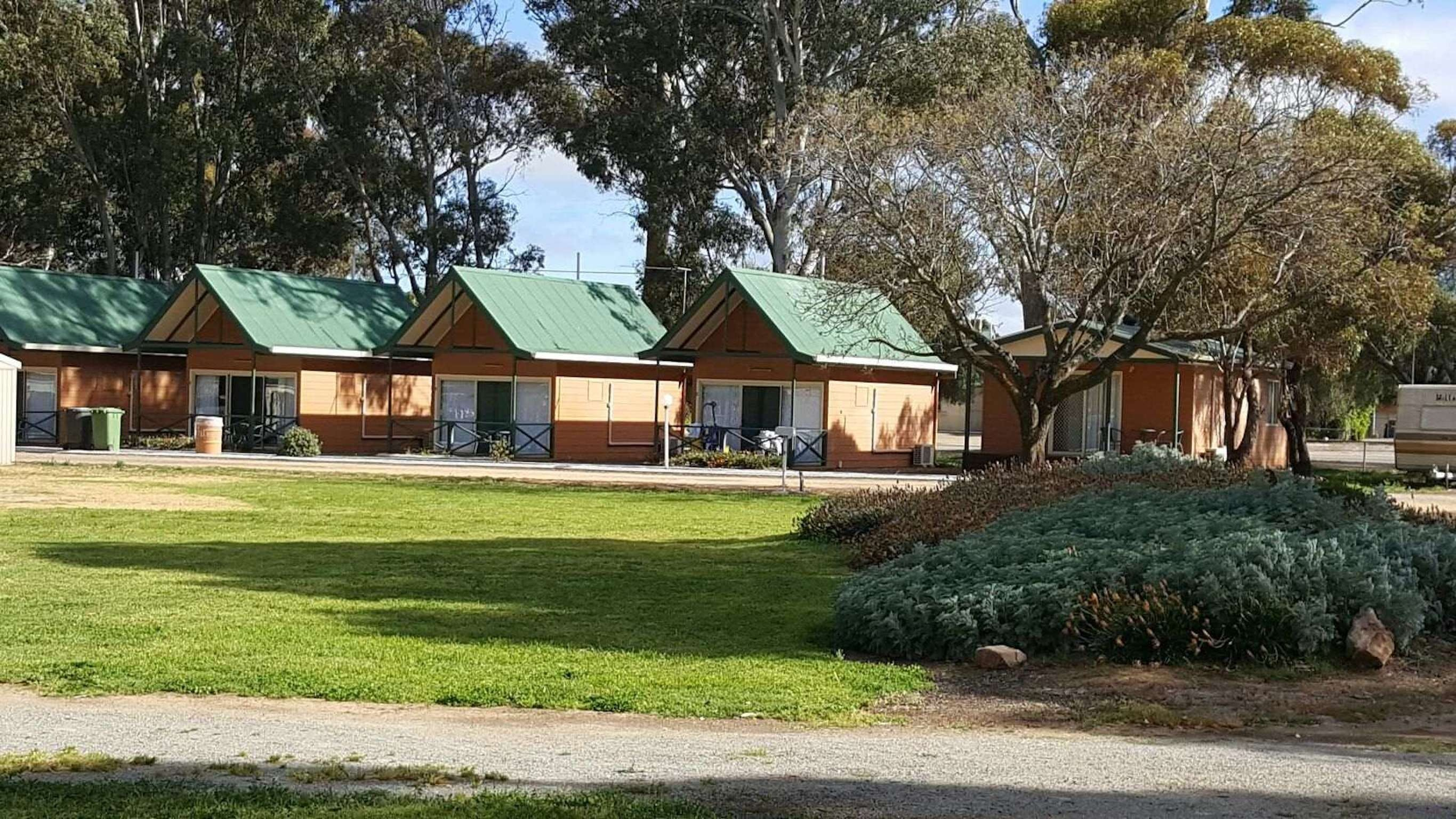 Jamestown Country Retreat Caravan Park - Tourism Canberra