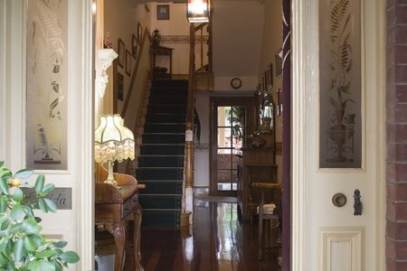 A Magnolia Manor Luxury Accommodation - Tourism Canberra