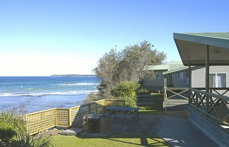 Berrara Beach Holiday Chalets - Tourism Canberra