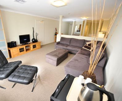 Breakwater Bed And Breakfast - Tourism Canberra