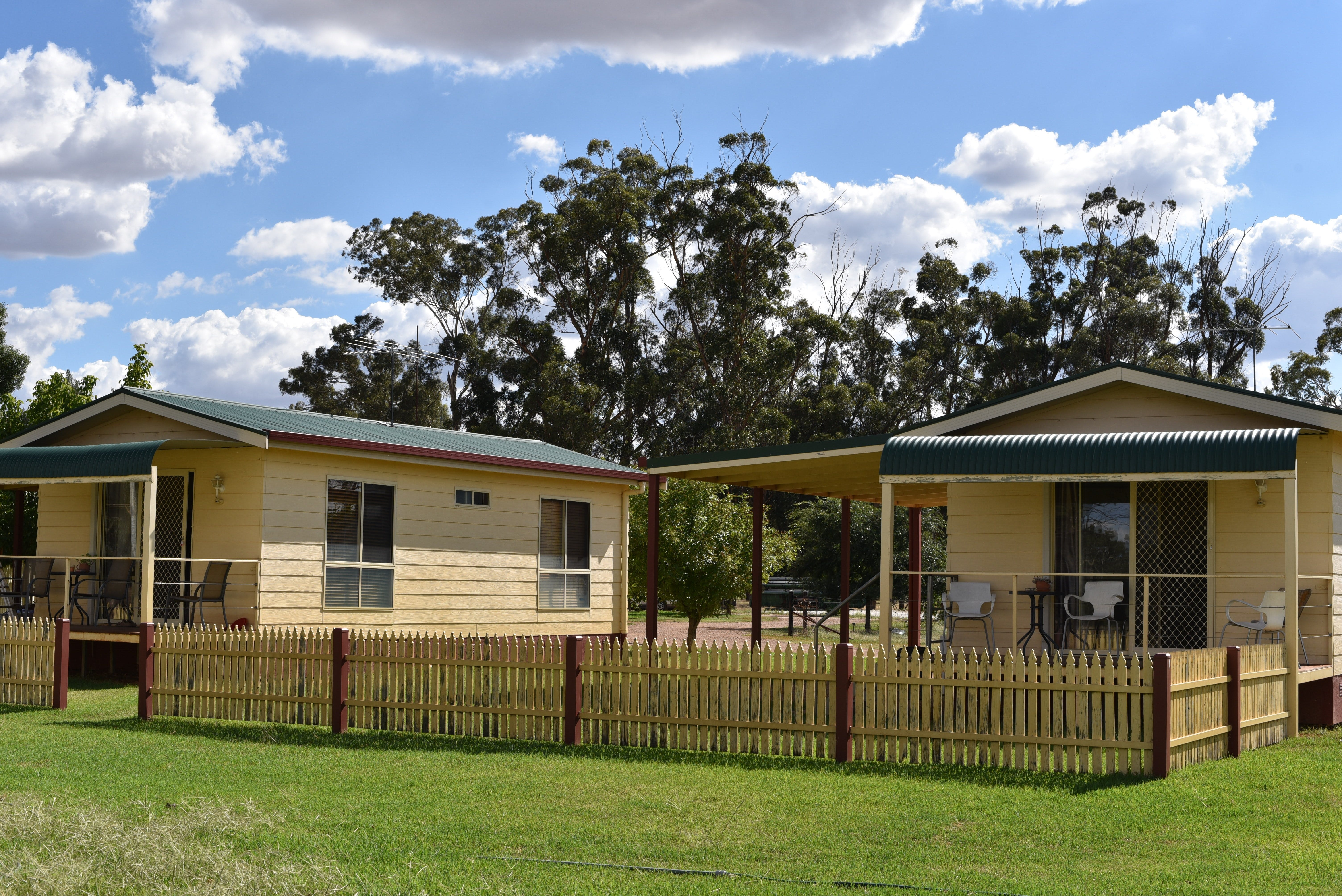 Kames Cottages - Tourism Canberra