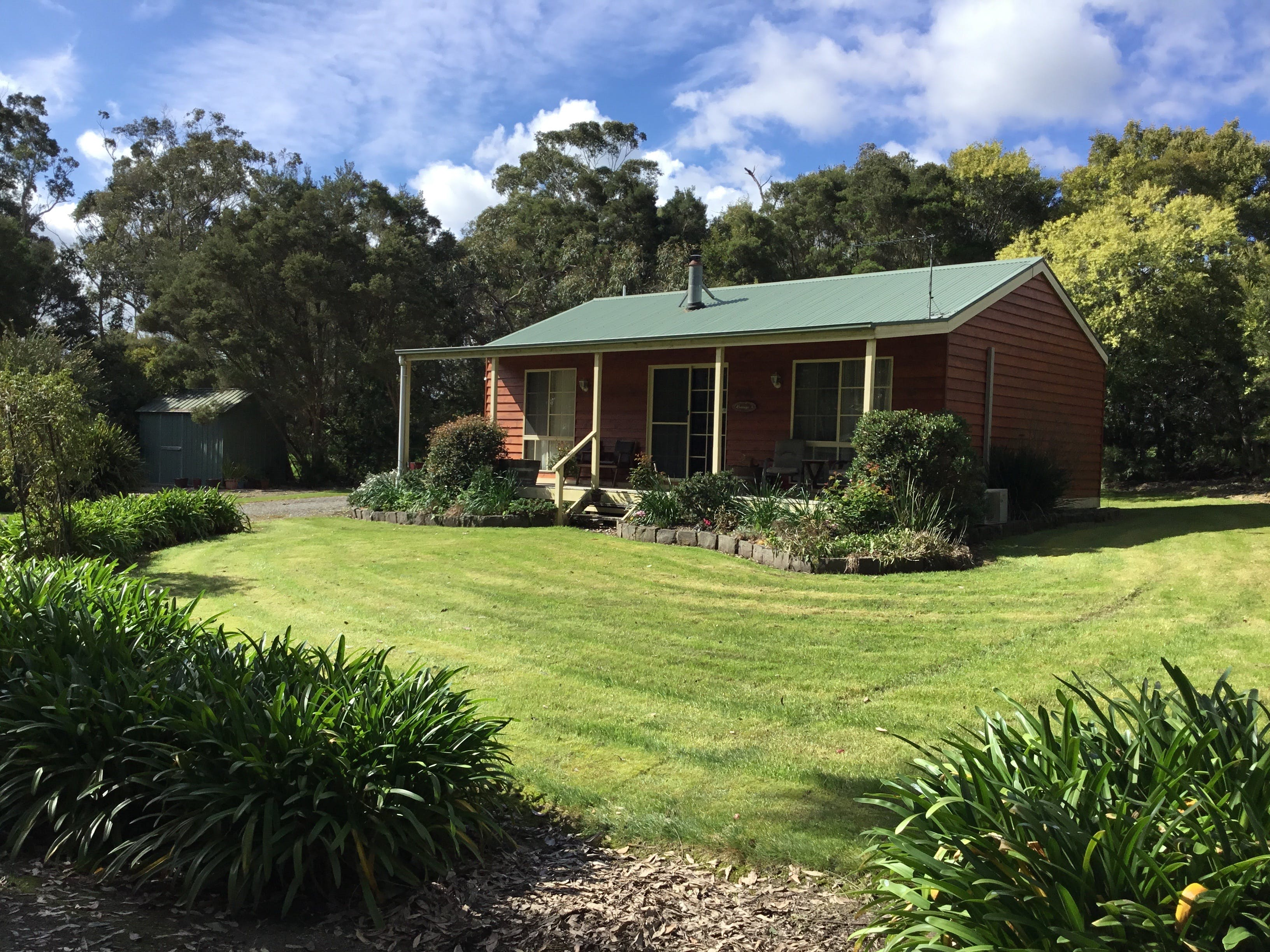 Koonwarra Cottages - Tourism Canberra