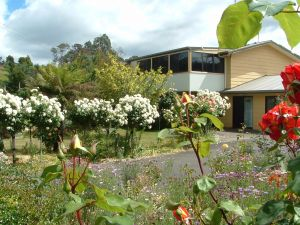 North East Restawhile Bed and Breakfast - Tourism Canberra