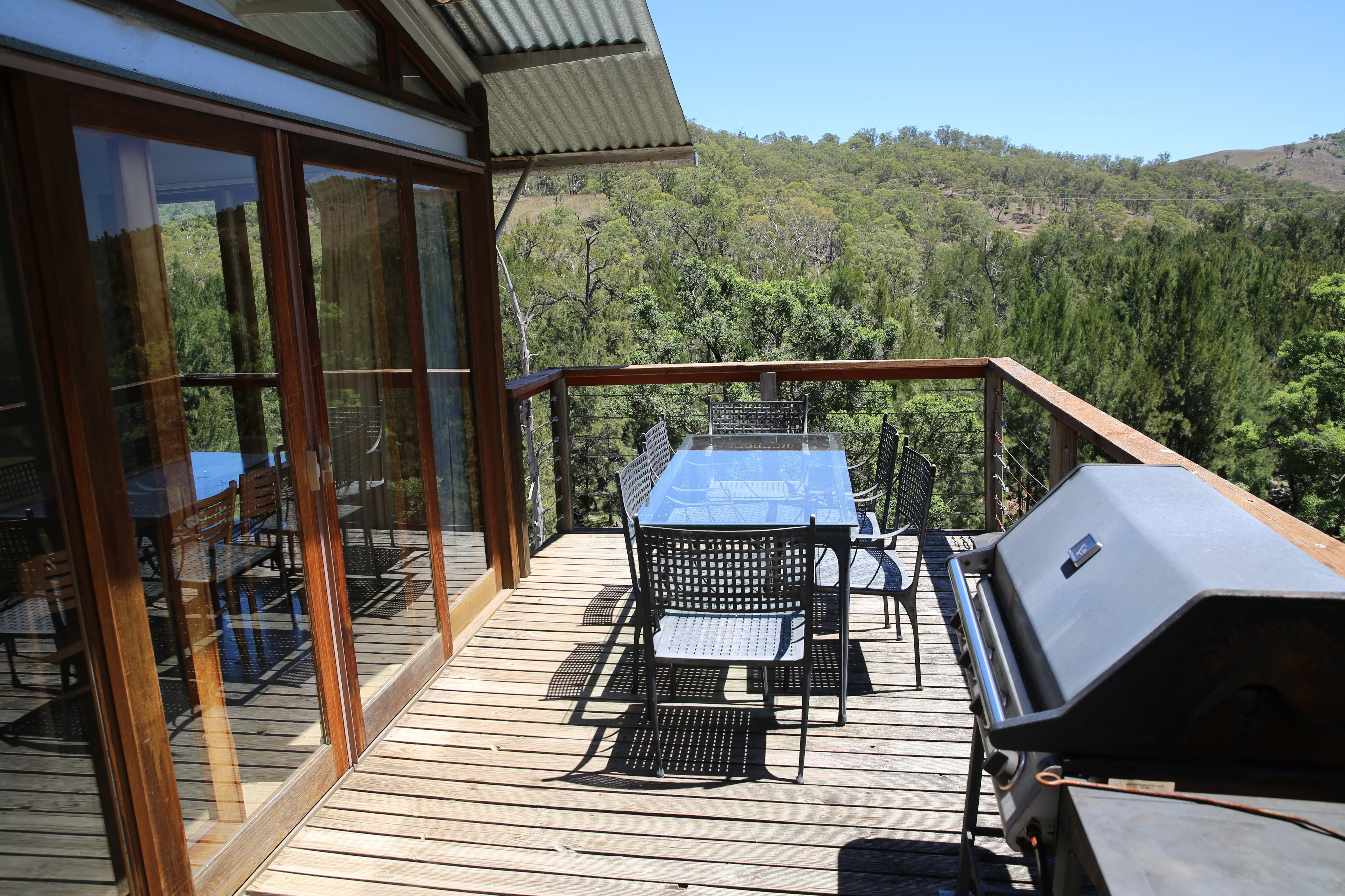 The Eco Lodge - Cox's River Rest - Tourism Canberra