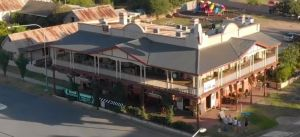 Royal Hotel Adelong - Tourism Canberra