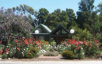 Lyre Bird Hill Winery and Guest House - Tourism Canberra
