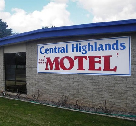 Central Highlands Motor Inn - Tourism Canberra