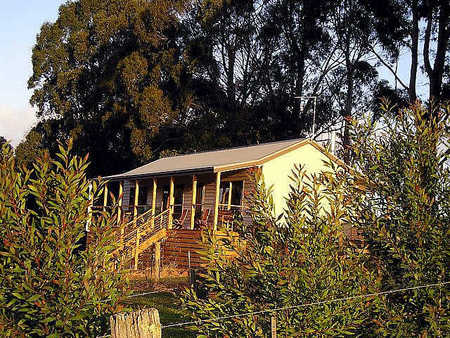 Birchwood Retreat Country Cottages - Tourism Canberra