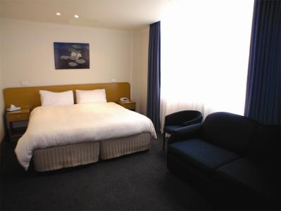 Causeway Inn On The Mall - Tourism Canberra