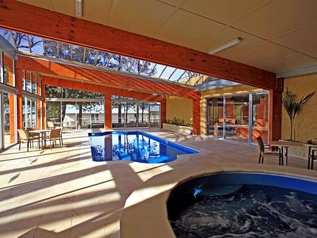 Macedon Spa Hotel - Tourism Canberra