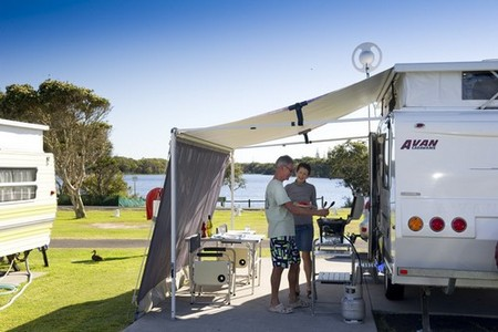 Lake Ainsworth Holiday Park - Tourism Canberra