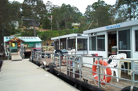 Clyde River Houseboats - Tourism Canberra