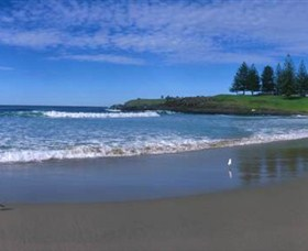 Surf Beach Kiama - Tourism Canberra