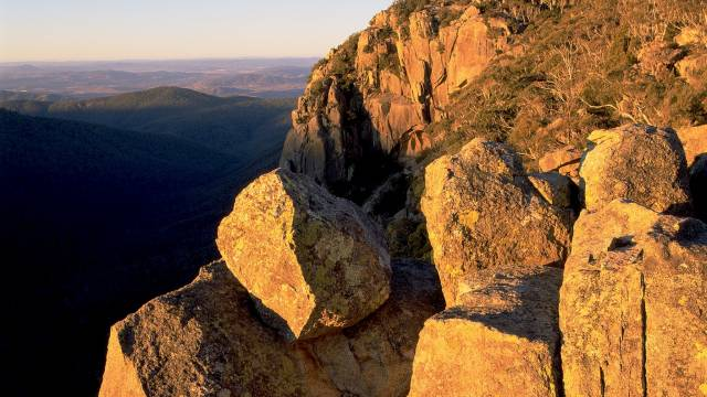 Booroomba Rocks - Tourism Canberra
