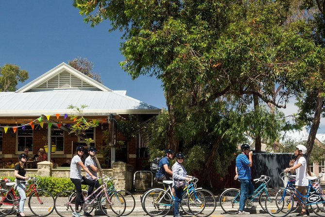 Explore Freo the local way on our 3 hour bike tour - Tourism Canberra