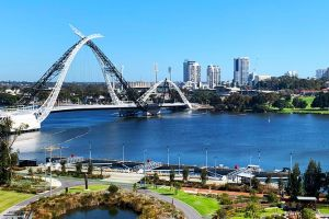 Big Perth Private Day Tour - Tourism Canberra