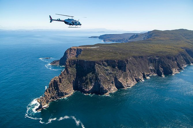 -Minute Two Capes and Tasman Helicopter Flight from Port Arthur