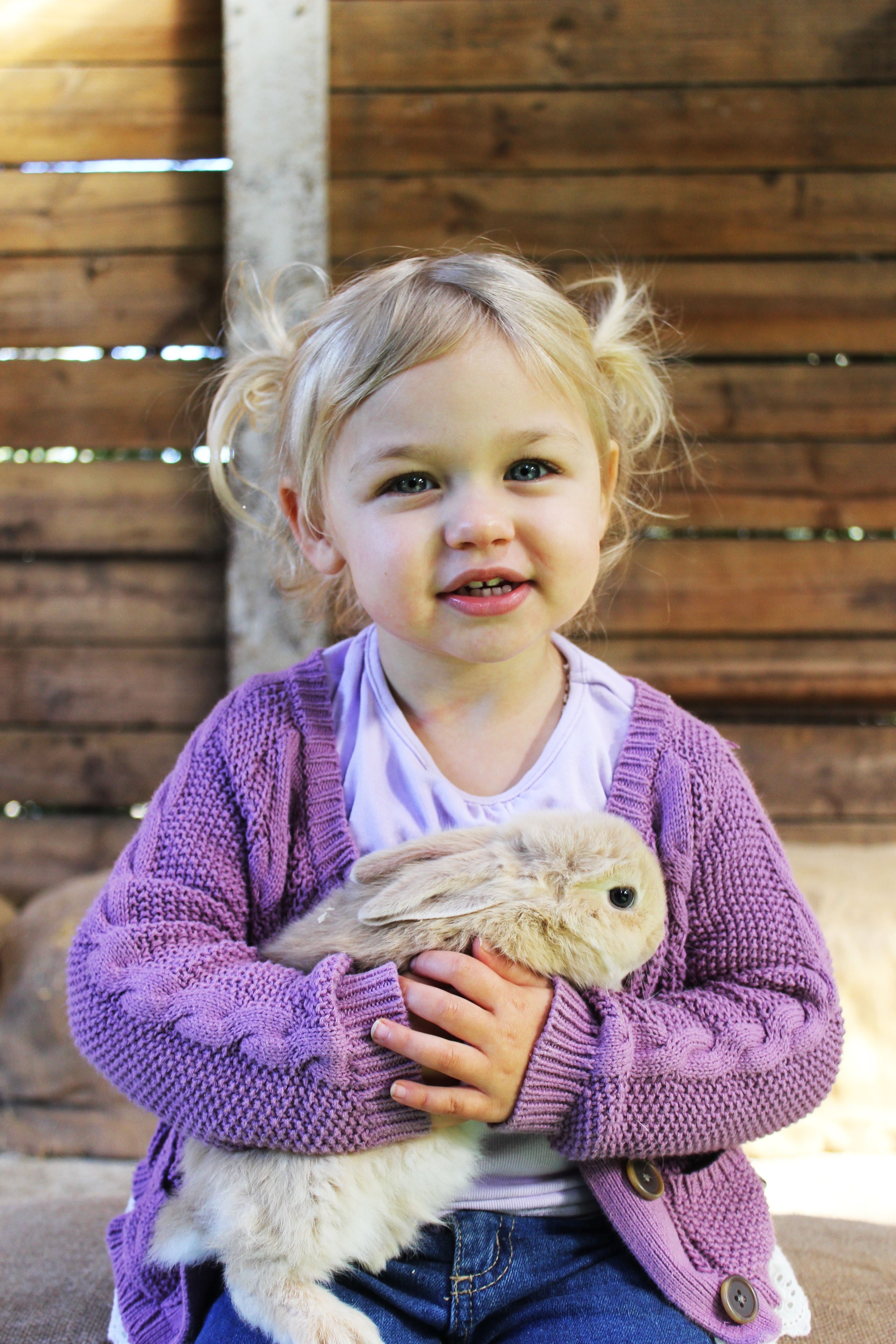 Golden Ridge Animal Farm - Tourism Canberra
