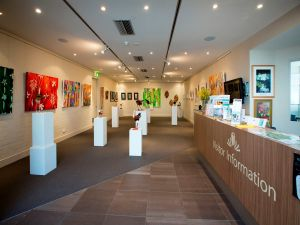 Australian National Botanic Gardens Visitor Centre Gallery - Tourism Canberra