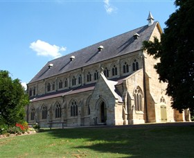 St Peters Anglican Church - Tourism Canberra