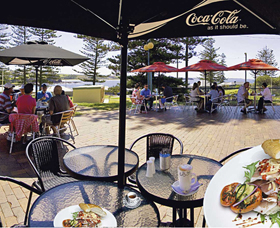 The Beach and Bush Gallery and Cafe - Tourism Canberra