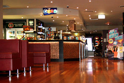 Leighoak Hotel - Tourism Canberra