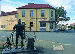 Clarendon Arms Hotel - Tourism Canberra