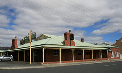 Huntington Tavern - Tourism Canberra