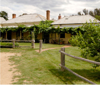 The Blue Duck Inn Hotel - Tourism Canberra