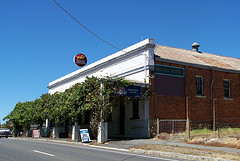 Red Hill Hotel - Tourism Canberra