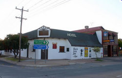 Black Lion Inn Hotel - Tourism Canberra