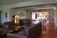 Commercial Hotel - Tourism Canberra