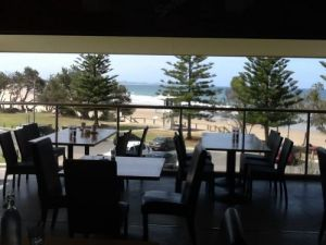 Fat Fish Beachfront Bistro - Tourism Canberra