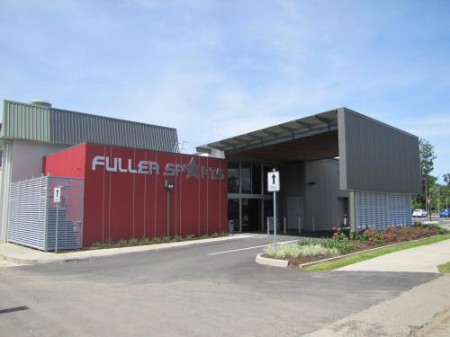 Fuller Sports Club - Tourism Canberra