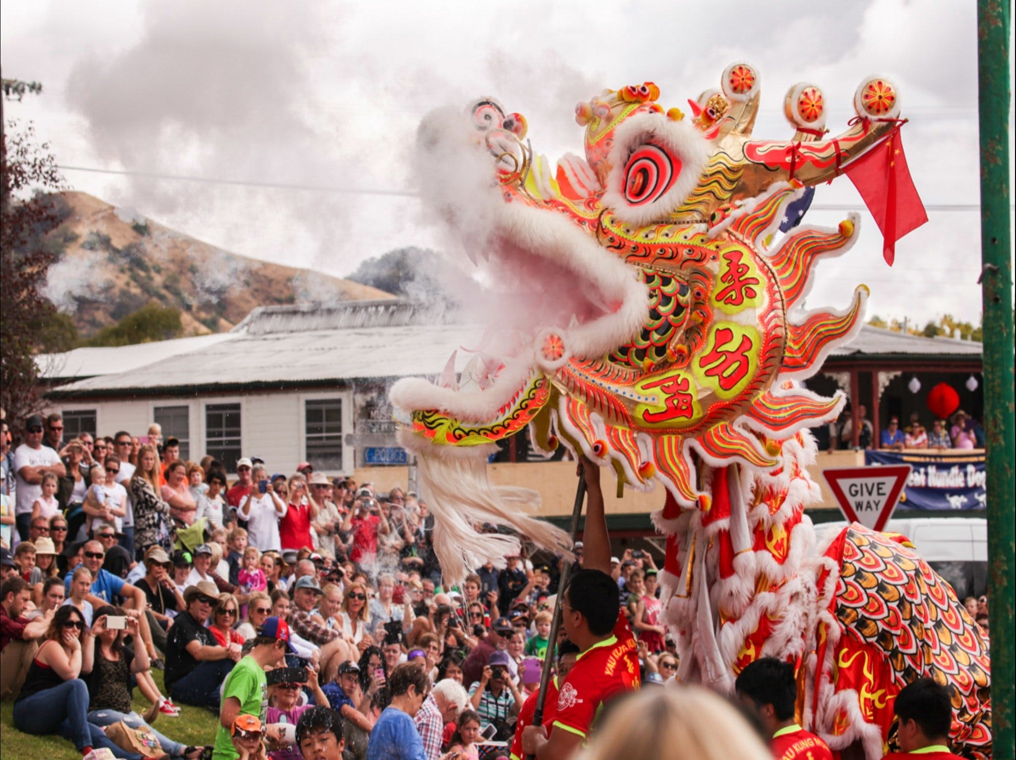 Nundle Go For Gold Chinese Easter Festival - Tourism Canberra
