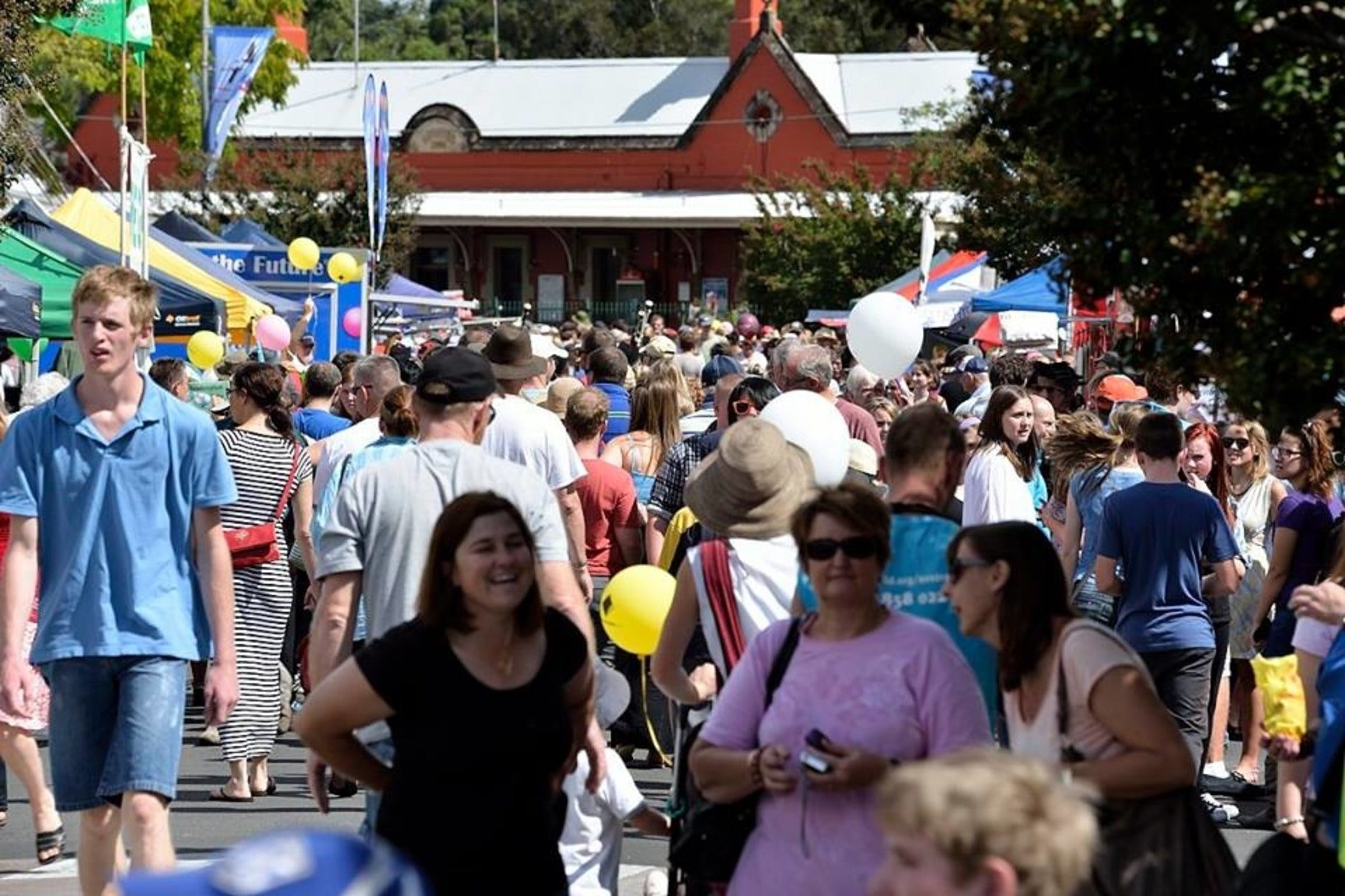 Springwood Foundation Day Festival - Tourism Canberra