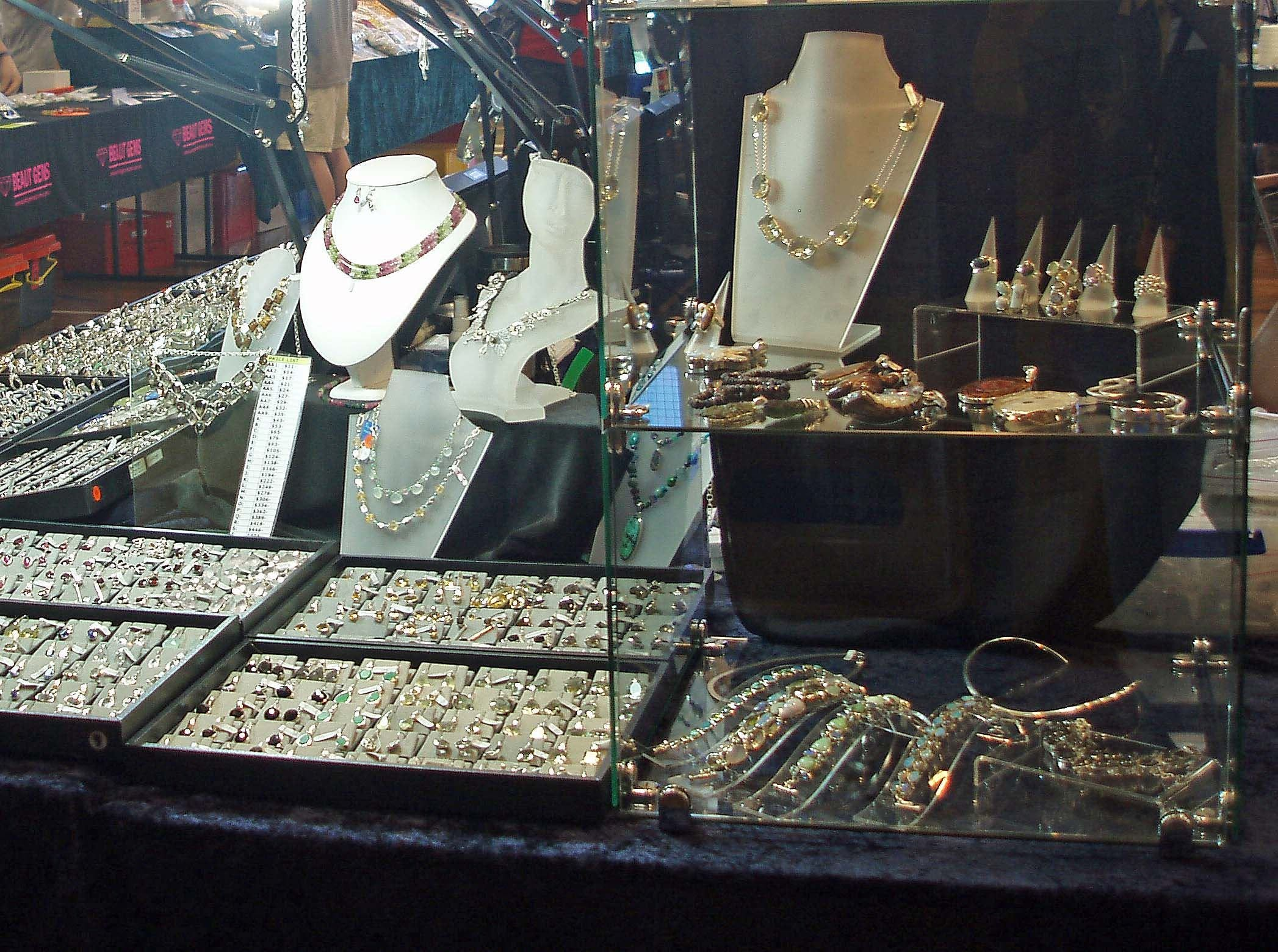 Toowoomba Gemfest - Gems and Jewellery - Tourism Canberra