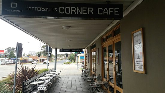 The Corner Cafe -Tatts Pub - Tourism Canberra