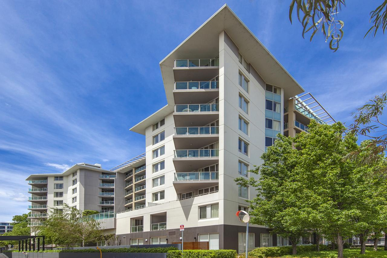 Pacific Suites Canberra - Tourism Canberra