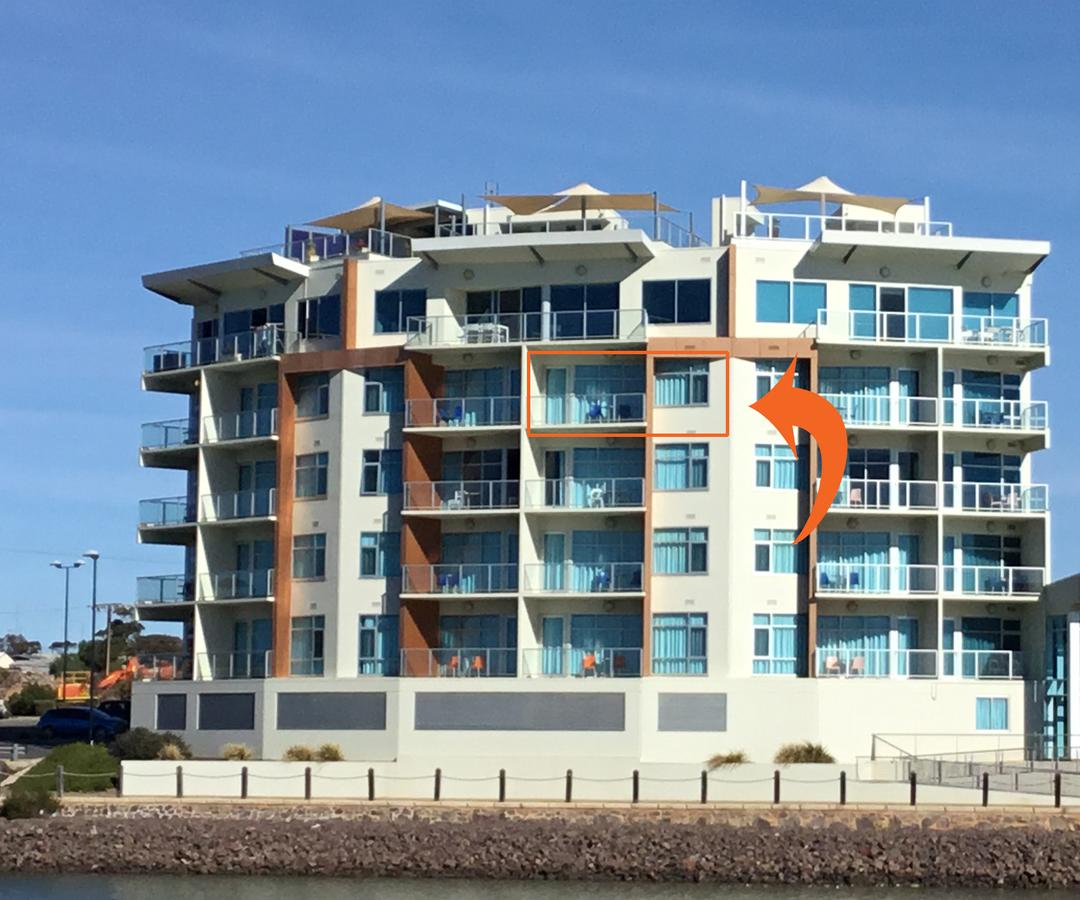 Wallaroo Marina Waterfront Luxe Apartment - Tourism Canberra