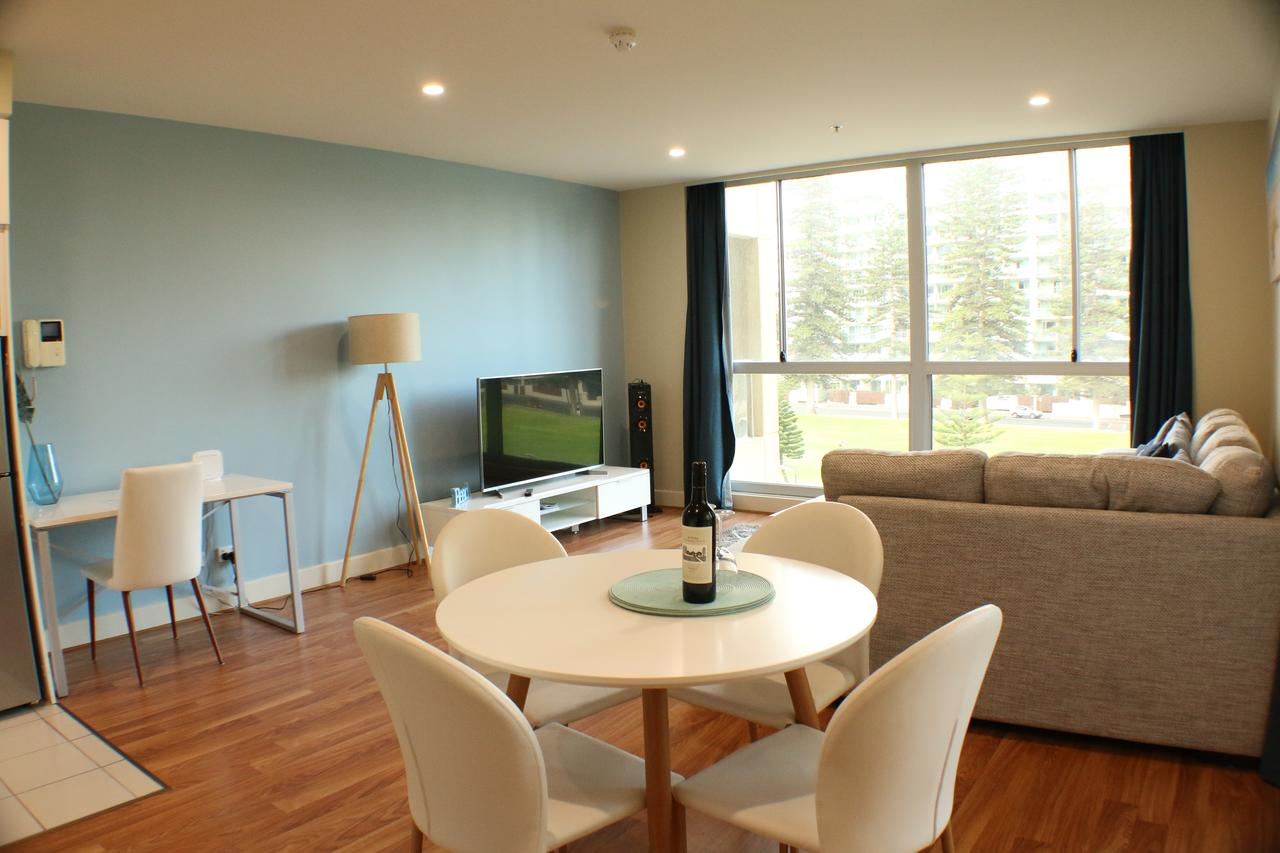 Beachside Luxury 2 Bedroom Getaway - Tourism Canberra