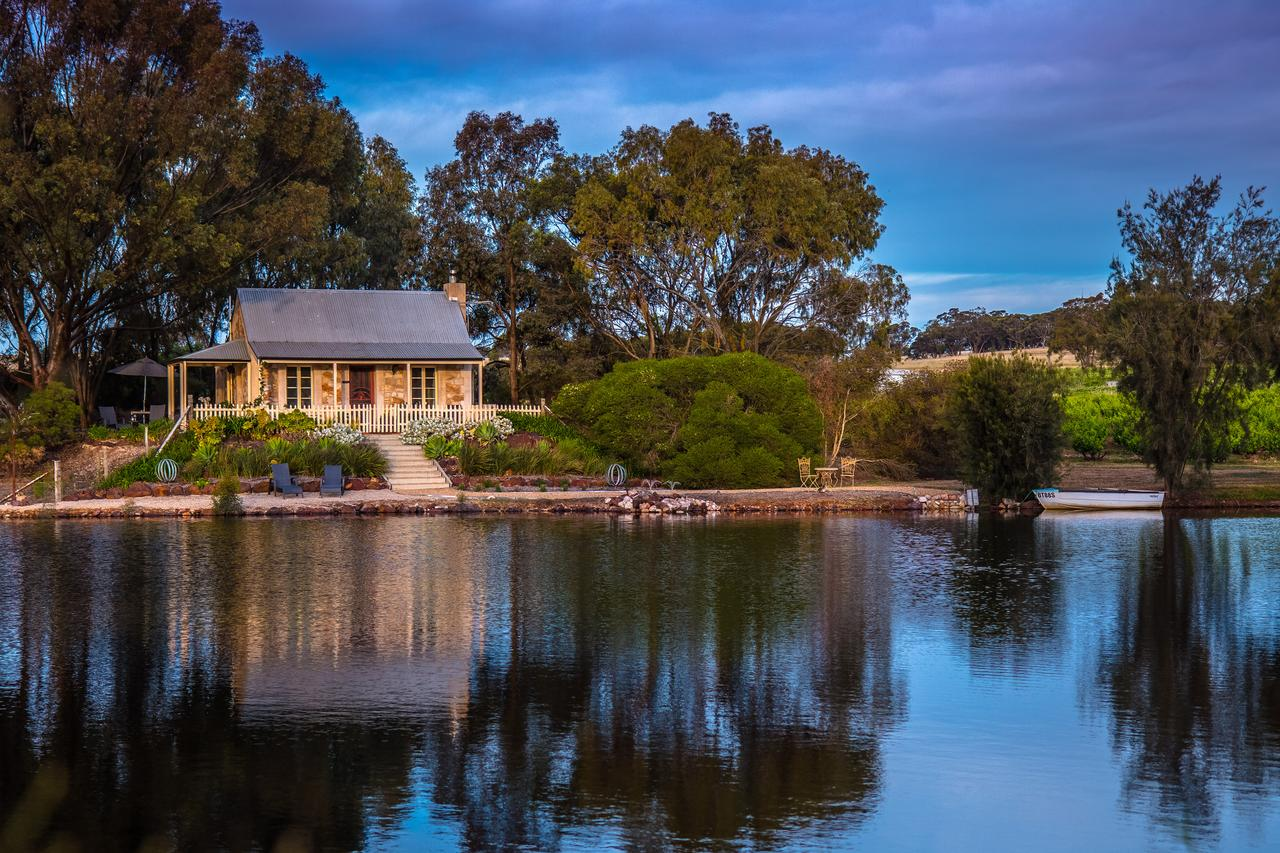 Stonewell Cottages and Vineyards - Tourism Canberra