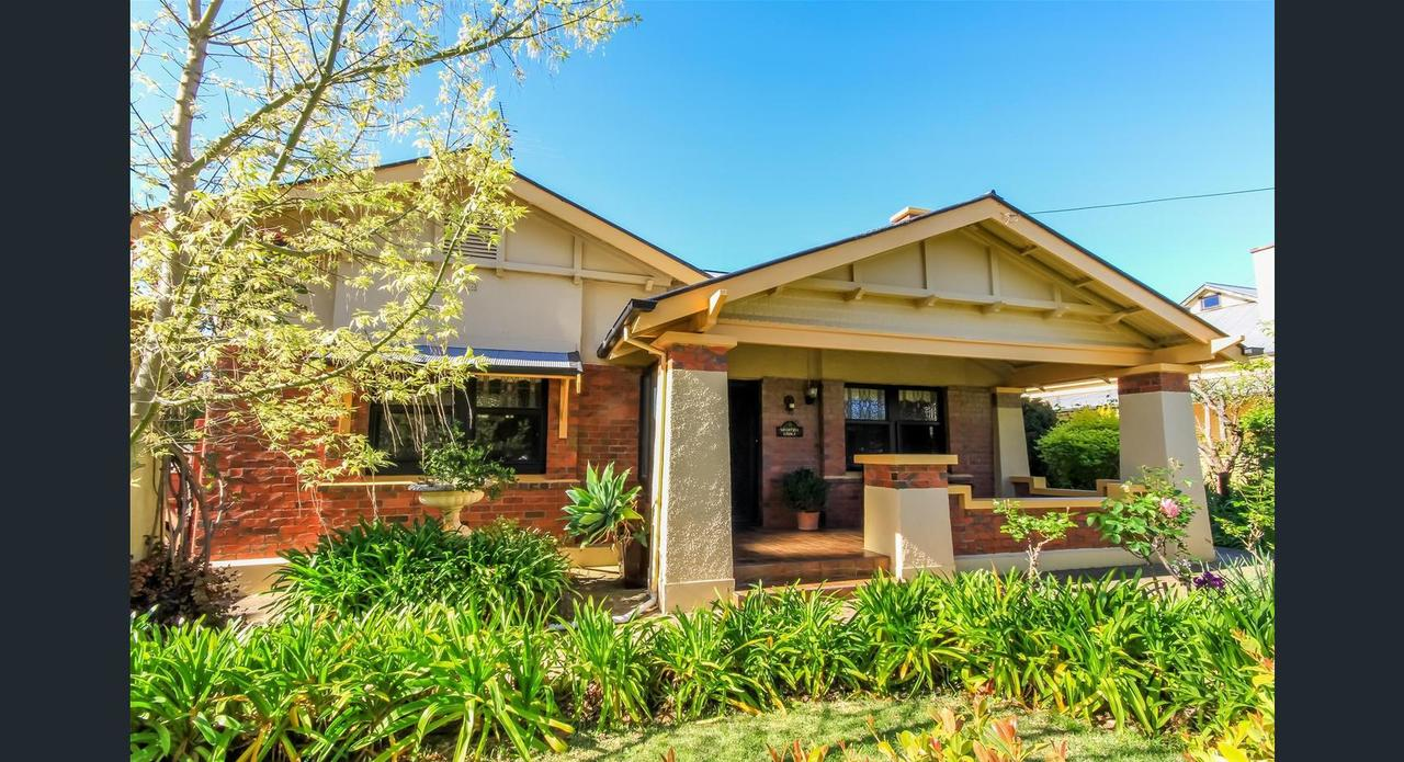 Ambrosia Holiday Home - Tourism Canberra