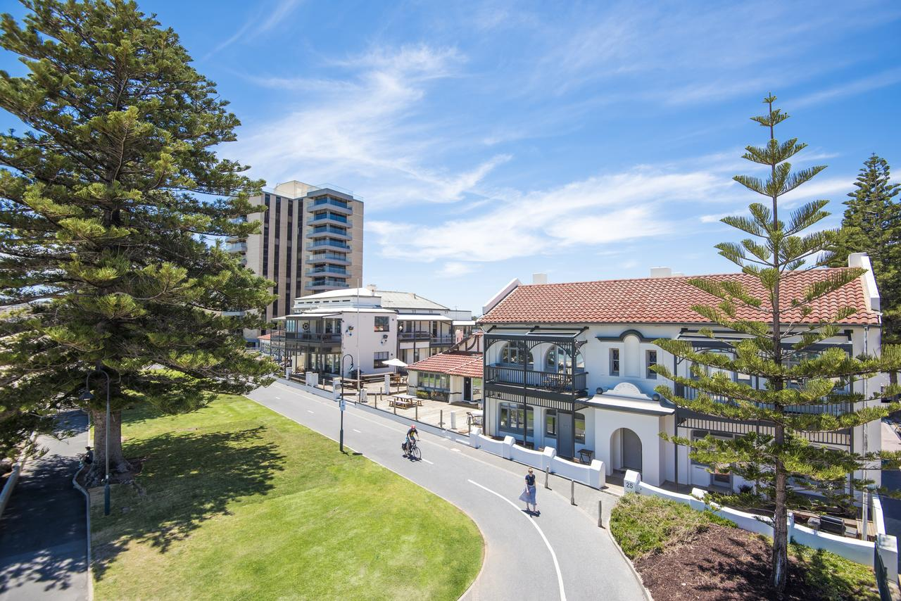 Seawall Apartments - Tourism Canberra